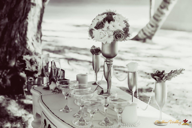 Art Deco Gatsby Wedding Inspiration from Caribbean Wedding ...