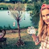 garden-caribbean-wedding-alice-in-wonderland-28