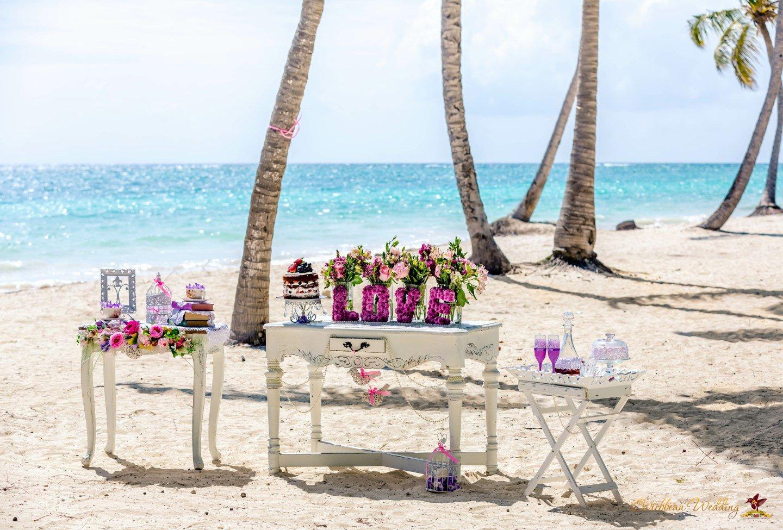 shabby chic cap cana beach wedding caribbean wedding blog. Black Bedroom Furniture Sets. Home Design Ideas