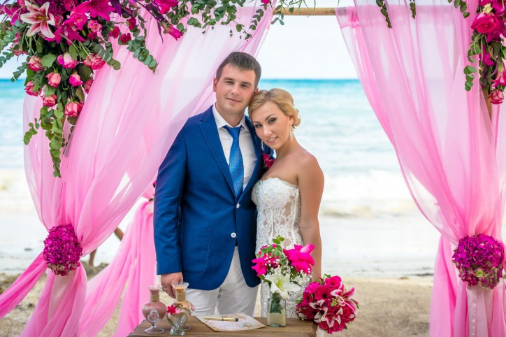VIP Wedding in Dominican Republic shabby chic {Barbara+Eugene} – Read more