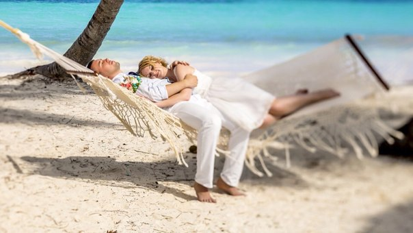 New wedding photo session on the Cap Cana beach