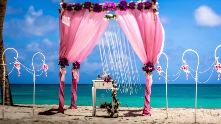 VIP Romantic Vintage Wedding Style