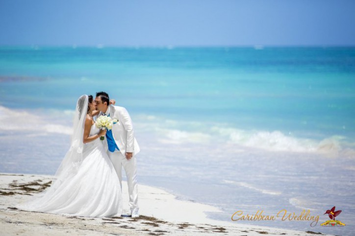 chapel-wedding-in-punta-cana-33