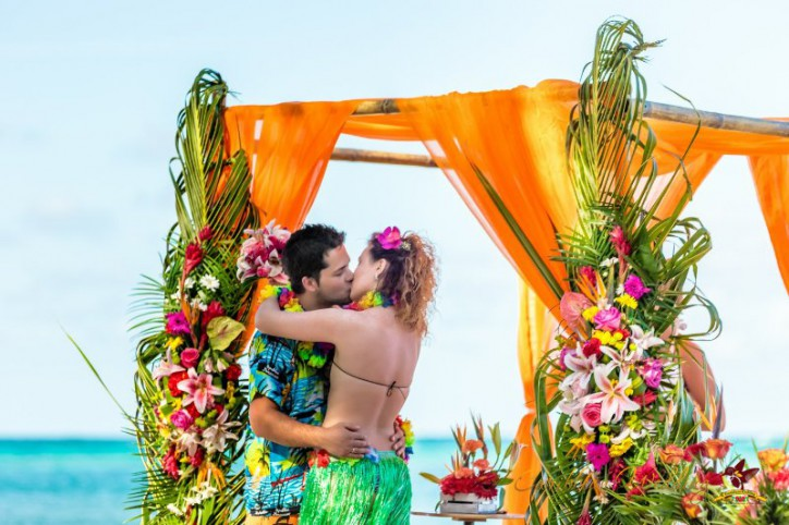 Wedding in Hawaiian style VIP package {Andrei and Maria}