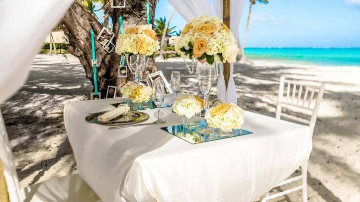 romantic dinner in cap cana 05