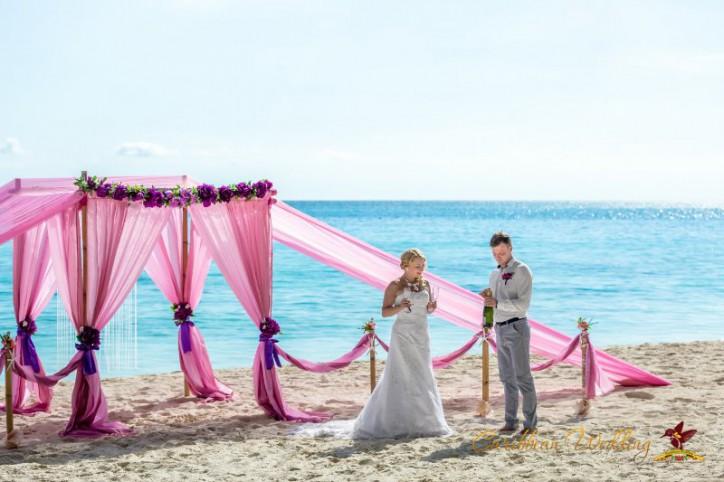 svadba-na-ostrove-saona-36