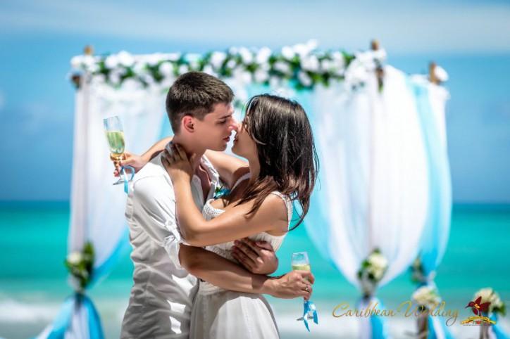 svadba-na-ostrove-saona-55