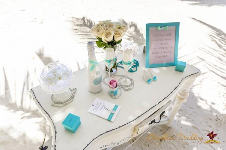 VIP Legal wedding in Dominican Republic, Tiffany style