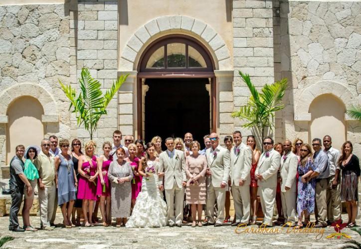 vadba-v-cerkvi-v-dominikanskoy-respublike-18