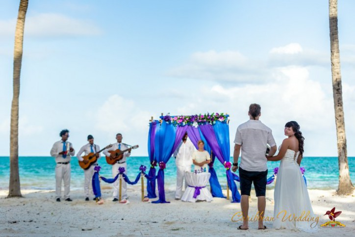 Symbolic wedding ceremony in Dominican Republic {Vadim+Kseniya}